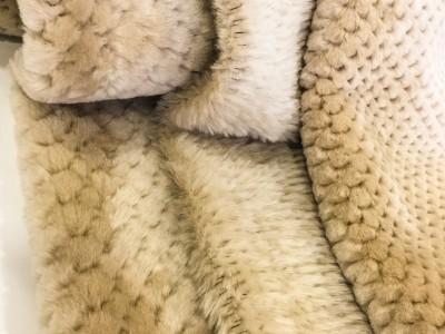 Design leggero in lana di montone